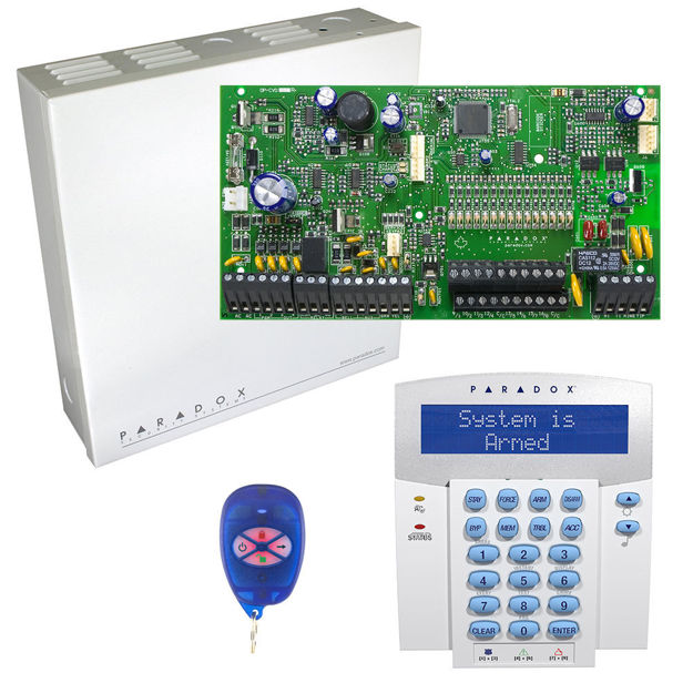 پنل SP7000 به همراه کی پد K32LX و ریموت REM1 پارادوکس و جعبه فلزی